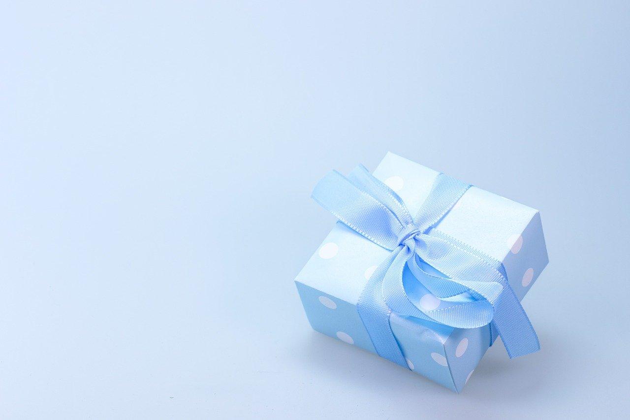 Jak wybrać prezent na dzień chłopaka